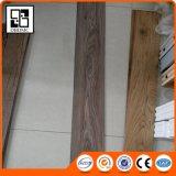 Le modèle neuf facile d'installer le carrelage de PVC d'étage de Vinly aiment le bois