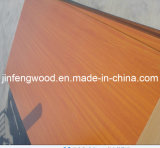ISO9001: 2008年の家具のGrade E1 Glue Solid Wood Grain Color 100%年のPoplar 1220*2440mm Melamine Mositure Proof Green MDF Board