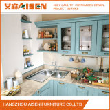 淡いブルーのカラー明るいデザイン純木の食器棚