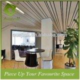 Tegels van het Plafond van het Schot van de Decoratie van het Aluminium van de veelvoudig-Grootte van de open vlakte de Gouden voor Zaal Caffe