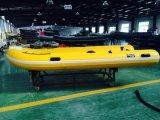 Barco da fibra de vidro de 4 medidores para a pesca