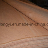 Placage de qualité supérieure en éucalyptus au Vietnam pour le contreplaqué