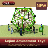 Im FreienPlay Equipment Children Climbing mit CER