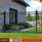 Trabalho bonito da porta e da cerca do ferro para jardas urbanas e suburbanas