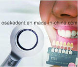 Luz que corresponde con del LED de los Tri-Espectros de la cortina dental de los dientes