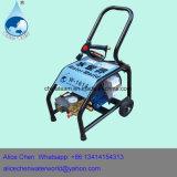 車の水ポンプおよび高圧水ピストン・ポンプを搭載するカーウォッシュ
