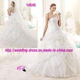Reiche überlagerte bördelnde Kleid-Kleid-Hochzeit mit trägerlosem