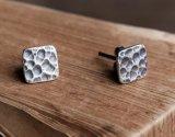 Piccolo orecchini della vite prigioniera ossidati quadrato unisex dell'argento sterlina del nero 925
