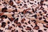 100% Polyester-korallenrote Vlies-Zudecke - Leopard-Druck