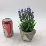 La lavanda artificial florece Potted de cerámica