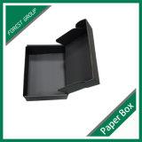 Voller schwarzer Farben-Wellpappen-Kasten