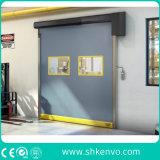 Ad alta velocità a riparazione automatica del tessuto del PVC rotolano in su il portello per stanza pulita