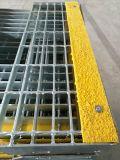 Hot-DIP гальванизированные проступи лестницы стальной штанги Grating с Nonslip Nosings