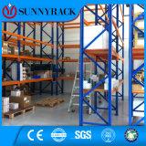Espaço vertical elevado prateleira utilizada do armazenamento do metal