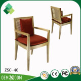أسلوب [أمريكن] كرسي تثبيت خشبيّة لأنّ نباح في [أشتر] ([زسك-40])