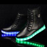 2016 de nieuwe Schoenen van Martin Snow Boots LED Light van de Aankomst in de Winter voor Mensen Warm Te houden
