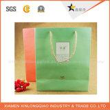 Sacchetto su ordine del regalo del documento di alta qualità con la maniglia