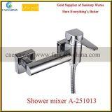 Faucet montado do dissipador de cozinha dos mercadorias plataforma sanitária