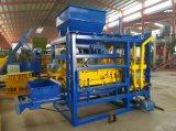 Máquina de fabricación de ladrillo concreta automática Qt4-25 para la venta