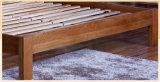 現代デザイン普及した大人の木のベッド