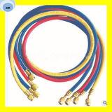 Three-Color flexibler Gummikühlschlauch mit Befestigungen an den beiden Enden