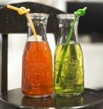250mlはジュースの包装ガラスビン、飲むガラス容器、ガラス包装をを空ける