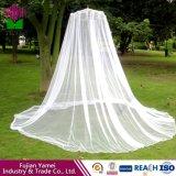 レースの傘の蚊帳が付いている女の子のベッドのおおいのための蚊帳