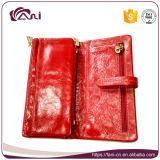 De rode Met de hand gemaakte Vrouwen Van uitstekende kwaliteit van de Portefeuille van het Leer van de Huid van de Olie van de Was