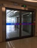 Puerta de aluminio. Surtidor de aluminio de la fabricación de la puerta deslizante