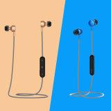 Bluetooth em esportes sem fio de Earbuds dos auscultadores da orelha