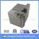 CNC que trabaja a máquina el recambio hecho por el surtidor de China