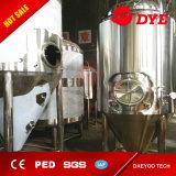 Бак пива обрабатывающего оборудования пива прямой связи с розничной торговлей фабрики яркий