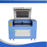 Máquina de estaca do cartão do laser do CO2 para a placa de madeira acrílica