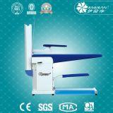 Machine repassante de Tableau de vêtement pour le système de blanchisserie