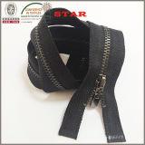 2016 4# metallo Zippers per Garment