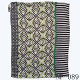 Геометрическая печать формы конструирует шарф женщины маркизета хлопка