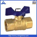Vávula de bola de cobre amarillo de la alta calidad con la maneta de aluminio (YD-1018)