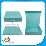 El paquete plano valida los rectángulos de regalo de papel plegables de la orden de encargo