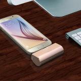 Batería móvil de la potencia de la cola con el acceso androide del iPhone