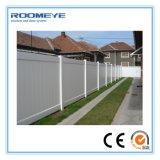 PVC 담을 검술하는 Roomeye PVC는 프라이버시 담을 깐다