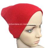 Il marchio di Camouglage dei prodotti dell'OEM ha stampato la protezione personalizzata acrilica lavorata a maglia di sport del Beanie