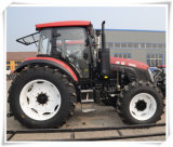 Cloased AC Cabinの135HP 150HP 180HP 4WD Tractors