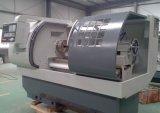 Máquina automática del torno de la base plana del torno Ck6150A del corte de la barra del CNC