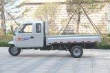 Triciclo motorizado chino 3-Wheel de Waw del cargo cerrado diesel con la cabina