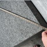 Черный гранит G684 пылал камень плиток пола вымощая