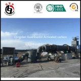 Charbon actif faisant la machine pour l'interpréteur de commandes interactif olive en Grèce