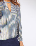 Qualitäts-gestreifter Kerben-Stutzen-lange Hülsen-Bluse