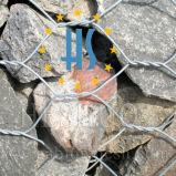 돌에 의하여 Gabion 채워지는 감금소