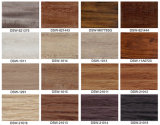 Plancher en bois de PVC avec la configuration de tapis procurable