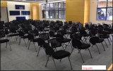 Faltender Schule-Kursteilnehmer-Sitzungs-Konferenz-Stuhl mit Kissen